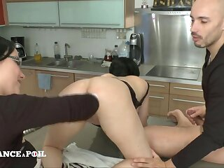 Ffm Exciting Darkhaired Babe Mom Gets Analized