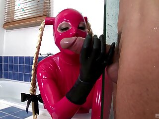 Latex fantasy in slay rub elbows with kitchen be advantageous to a submissive whore