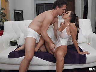 Luring brunette Abigail Mac enjoys getting licked and fucked