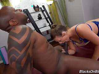 Black man suits thick mature woman with the biggest inches she again sucked