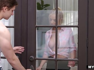 Rachael Cavalli is a goddess coupled with she seduces her neighbor into fucking her
